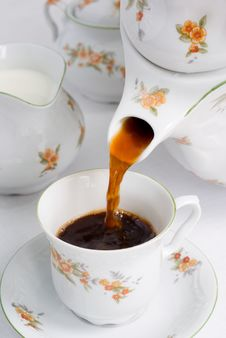 Free Pouring Coffee Or Tea. Royalty Free Stock Image - 2606946
