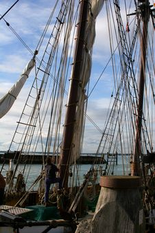 Man On Sail Ship Royalty Free Stock Images