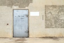 Free Concrete Wall With Metal Door Stock Photos - 26008423