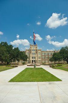 Free Baton Rouge Magnet High School Royalty Free Stock Photos - 26021088