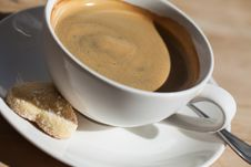 Free Coffee And A Cookie Stock Photo - 26027070