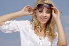 Free Beautiful Girl In Sunglasses On  Blue Sky Stock Photos - 26032273