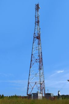 Free Radio Tower Royalty Free Stock Images - 26035559
