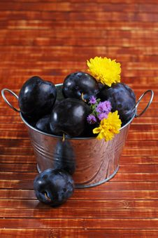 Free Plums Royalty Free Stock Photography - 26036207