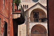 Free Verona, Italy. Duomo And Street View Stock Photos - 26048153