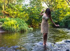 Free Girl  In River Royalty Free Stock Photos - 26048568