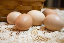 Free Fresh Brown Eggs Royalty Free Stock Image - 26054776