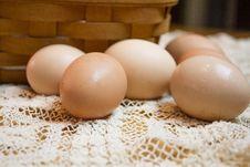 Free Fresh Brown Eggs Royalty Free Stock Image - 26054776