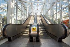 Free Empty Escalator Royalty Free Stock Photos - 26066738