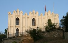 Free Old Castle In Istanbul Royalty Free Stock Photography - 26070457