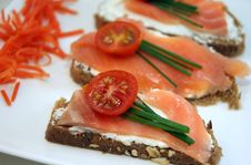 Free Salmon Appetizers  And Cheese Stock Photo - 26080900