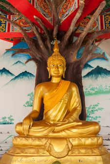 Free Golden Buddha Stock Photography - 26093792
