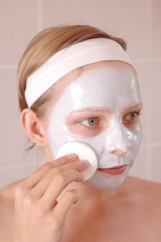 Free Beauty Mask Royalty Free Stock Images - 2613759