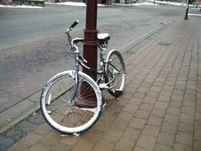 Free Iced Bike Stock Image - 2616181