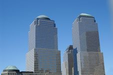 Free Twin Buildings Royalty Free Stock Photography - 2616187
