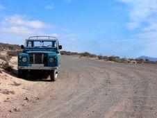 Free Abandoned Pickup Truck Royalty Free Stock Photos - 2619948