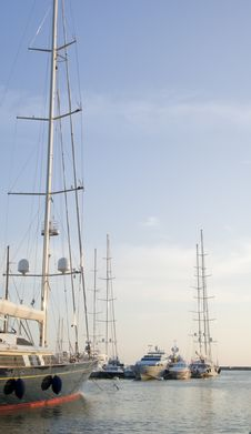 Free Yachts Royalty Free Stock Photos - 2619998