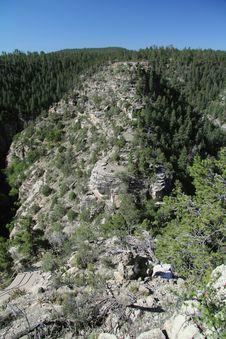 Free Walnut Canyon Royalty Free Stock Photo - 26107435