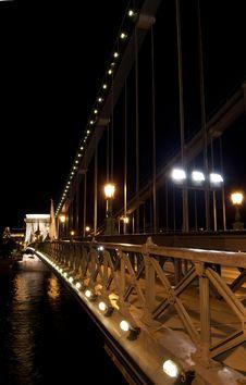 Free Budapest Chain Bridge Night Stock Image - 26118471