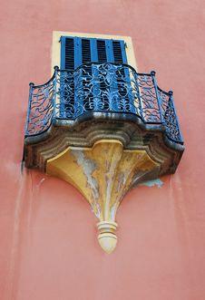 Free Old Italian Balcony Royalty Free Stock Photos - 26137468