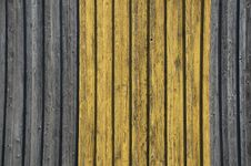 Free Grunge Wooden Wall Stock Photos - 26150033