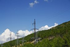 Free High-voltage Power Line Stock Image - 26159131