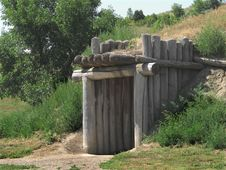 Entrance To A Plains Indian Earth House. Royalty Free Stock Photos