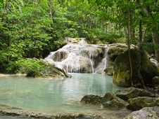Free Erawan Waterfall Royalty Free Stock Photography - 26180817