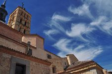 Free Clouds And Blue Sky San Martrin Church. Segovia Royalty Free Stock Images - 26182939