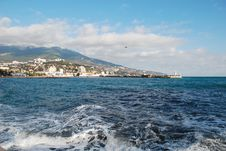 Free Sunny Day Ashore The Black Sea Crimea Stock Images - 26187084