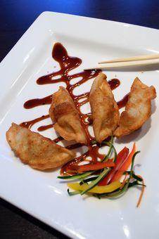 Free Gyoza Dumplings Royalty Free Stock Image - 26191126