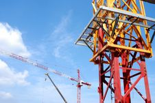 Free Construction Crane Royalty Free Stock Images - 26195969