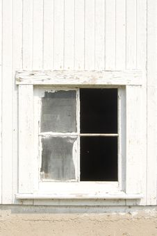 Free Broken Barn Window Royalty Free Stock Image - 2622646