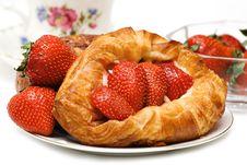 Free Strawberry Tart Stock Photo - 2623360