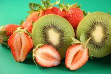 Free Strawberry And Kiwi Royalty Free Stock Image - 2629986