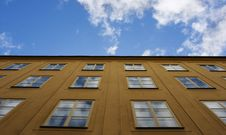 Free Blue Sky In Windows Royalty Free Stock Photo - 26207795