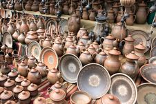 Free Earthenware In The Market Royalty Free Stock Photo - 26211535