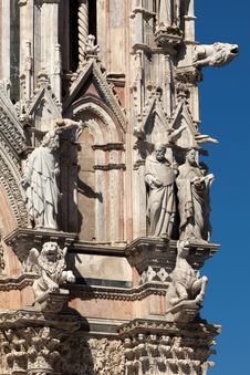 Free Siena Cathedral Royalty Free Stock Photos - 26212388