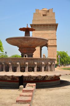 Historic India Gate Monument And Fountain In Delhi Royalty Free Stock Photos