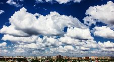 Free City skyscape Royalty Free Stock Image - 26235626