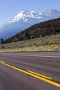 Free Road To Mt. Shasta Califronia Cascade Mountains Royalty Free Stock Image - 26278416
