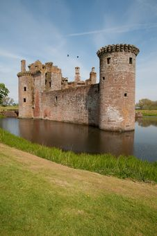 Free The Scottish Castle Royalty Free Stock Image - 26273346