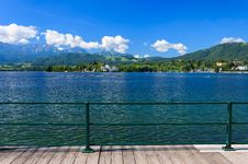 Free Promenade Along Beautiful Lake On Sunny Summer Day Stock Photography - 26275142