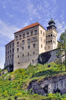 Free Castle Pieskowa Skala In Poland Stock Images - 26291434