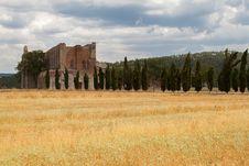 Free San Galgano Abbey Tuscany, Italy Royalty Free Stock Images - 26297899