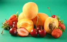 Free Fruits A Green Background Royalty Free Stock Photos - 2630038