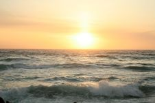 Free Sunset On The Pacific Royalty Free Stock Photos - 2630618