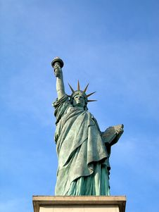 Free Parisian Statue Of Liberty Royalty Free Stock Photography - 2632187