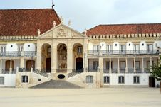Free Facade Of The Main Building Of The Coimbra Stock Images - 26301094