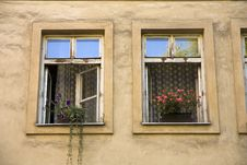 Free Two Windows Stock Photography - 26302272